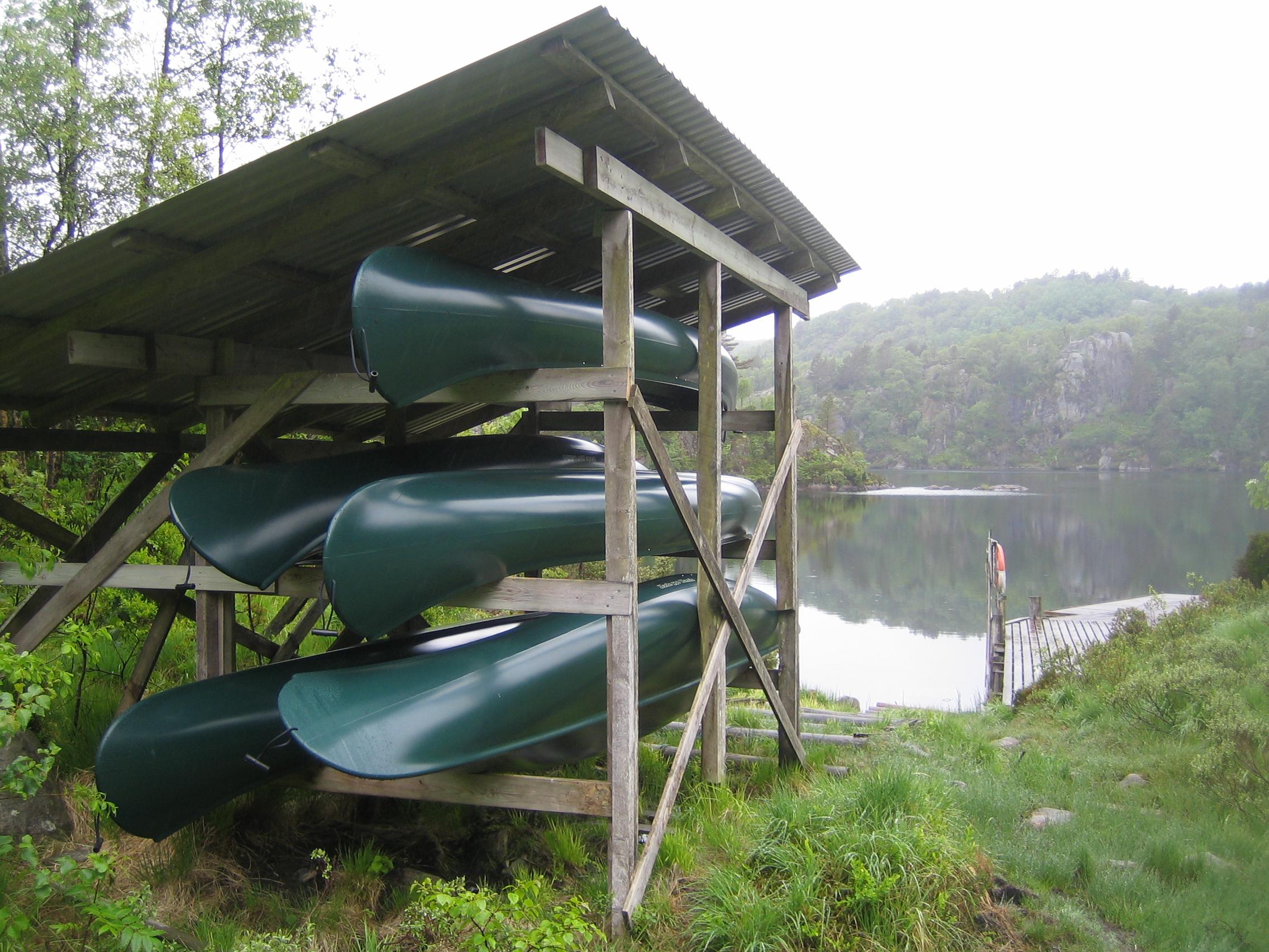 Kanoer ved Hålandsvannet